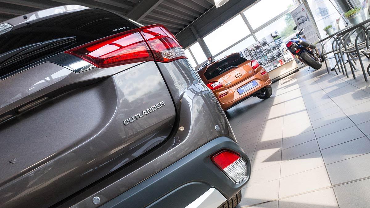Beratung Verkauf Autohaus Jörg Buschmann Mitsubishi Trier