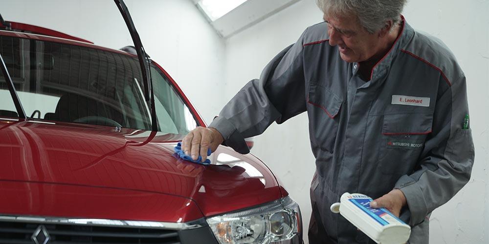 Fahrzeug Polieren Werkstatt Autohaus Buschmann