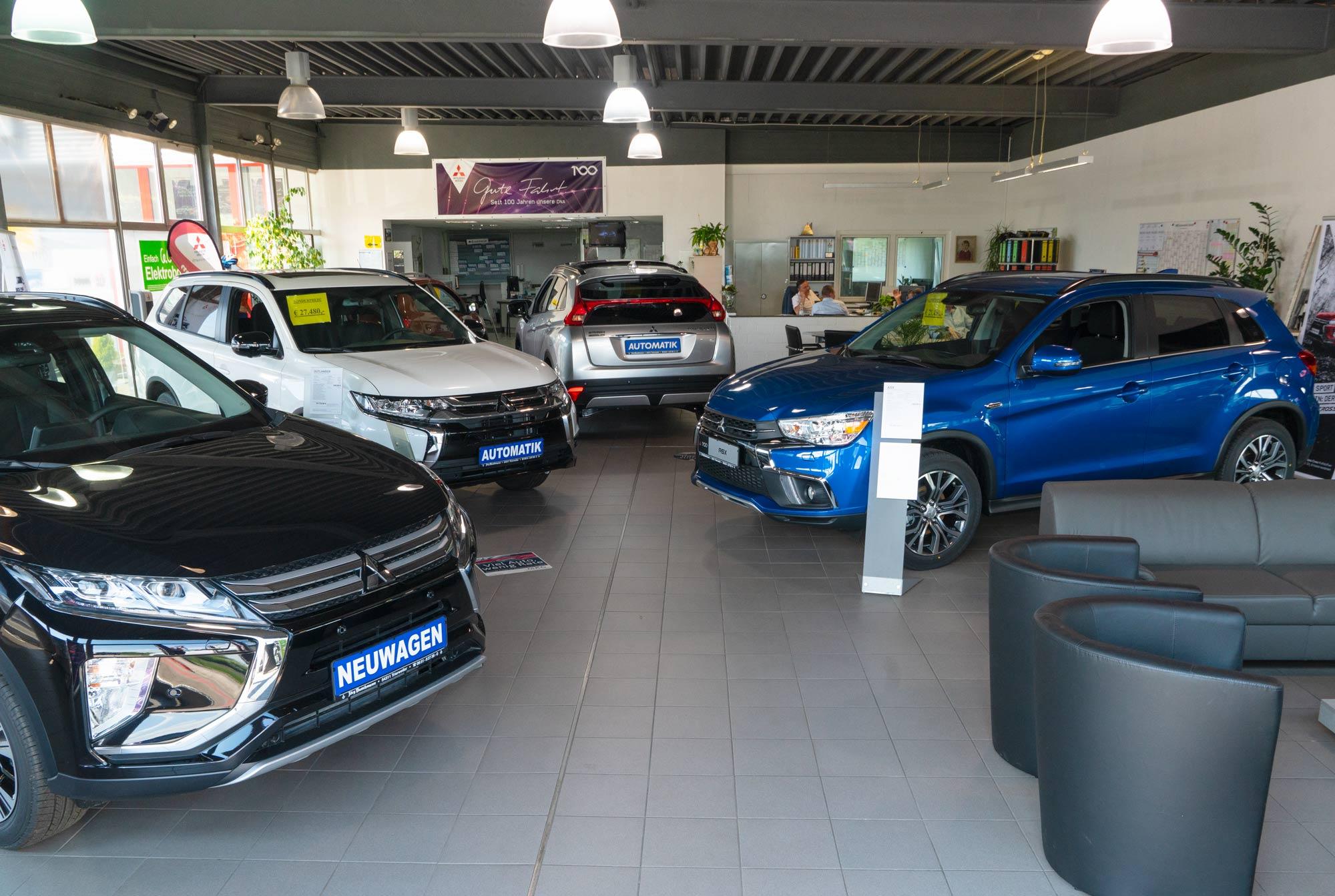 Autohaus Jörg Buschmann Showroom Trierweiler